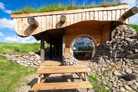 'Otter' Hobbit House