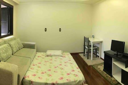 Colchão na sala em Antônio Prado