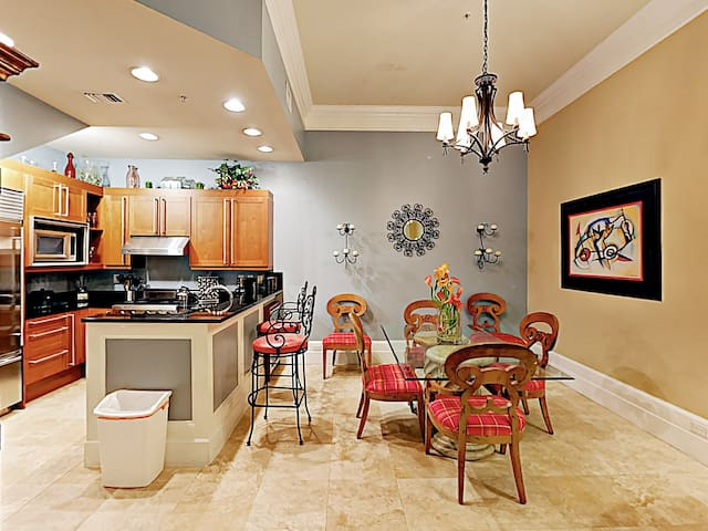 You will find your rental spotlessly clean, thanks to TurnKey's professional housekeeping team.