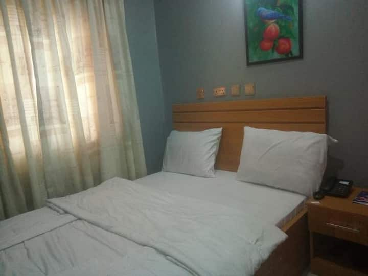 Glamour Park Hotel & Suites - Sweet Single Room