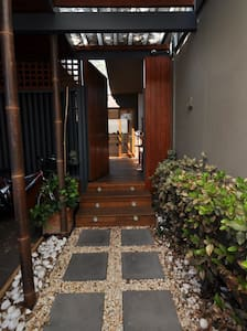 Resort style home with Yoga studio and sauna. - 브라이튼(Brighton) - 기타