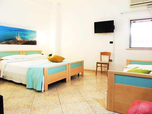 """Hotel Porto Badisco """"fronte mare"""" 105 3 pax"""