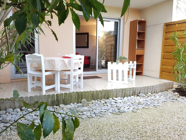 400 m from beach/ Double bed/ Parking/ GOLF JUAN - Vallauris - Apartment