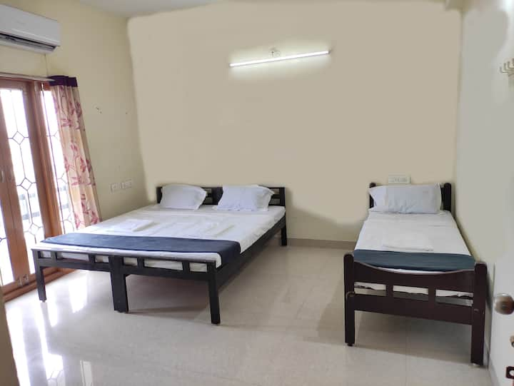 Just 4 Adams - Friendly stay in Chennai visit