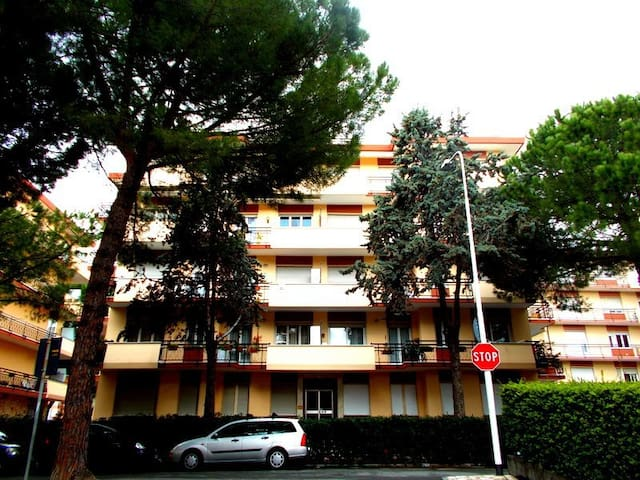 Bellissimo appartamento a 50 metri dal mare - San Bartolomeo Al Mare - 아파트