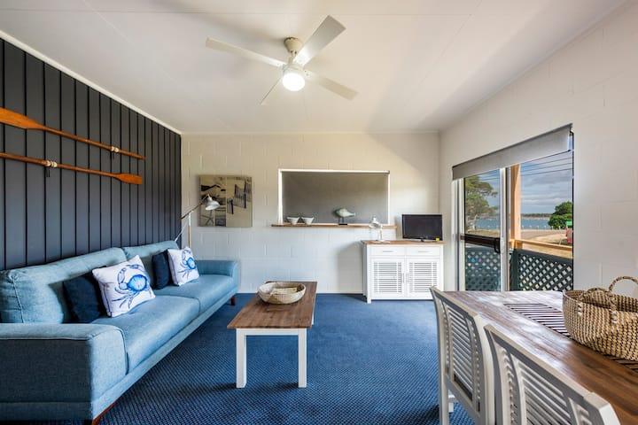Iluka Beach House - Unit 5 - Fantastic Location