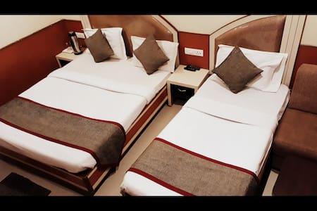 Premium Room(3 sharing)