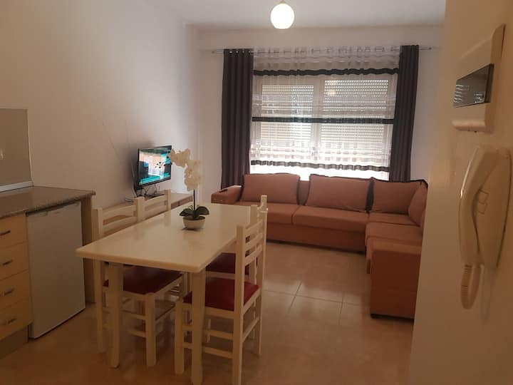 Apartament 2-In Front of Beach Plepa  Durres