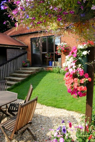 Owl Barn, sleeps 6