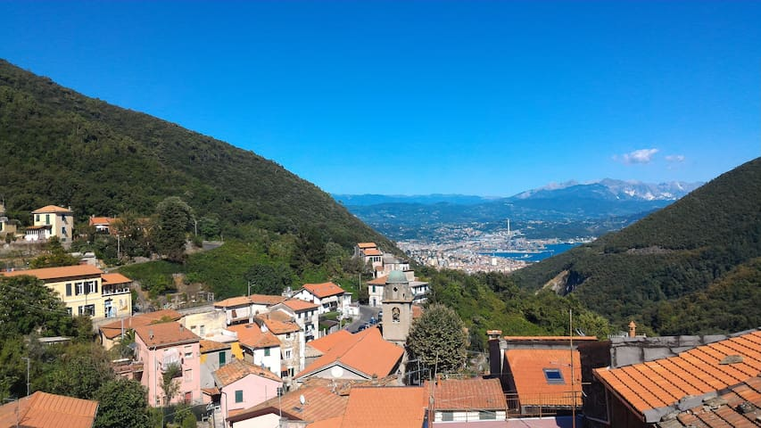 Unesco Site near 5 Terre 2rooms with stunning view - Biassa