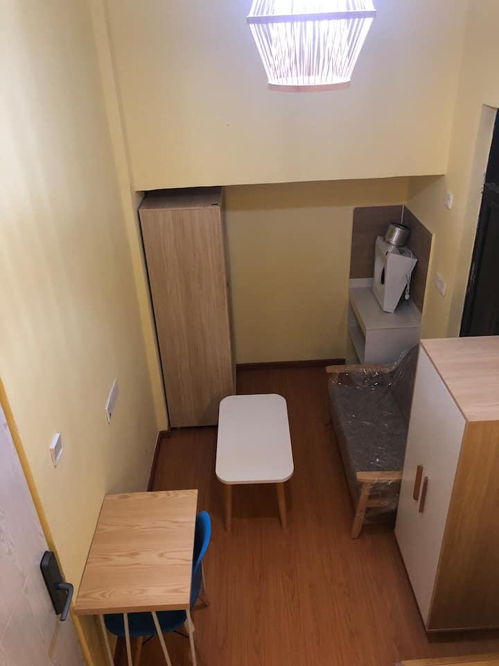 深圳机场附近日式loft一房一厅公寓 24小时密码自助入住