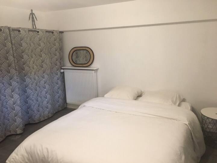 Petite chambre indépendante dans Clermont-Ferrand