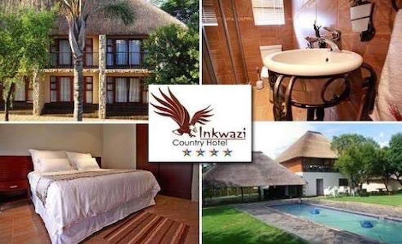 Inkwazi Country Lodge