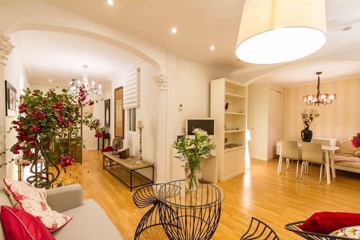 Free Parking-Luxury apartment Chamberí, 1br, 2bth