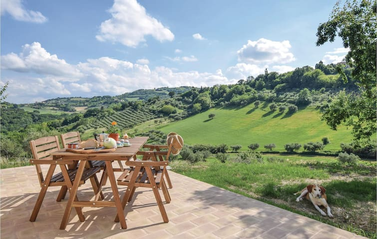 Airbnb Montefelcino Vacation Rentals Places To Stay