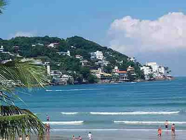 Apto no Guaruja, praia da enseada