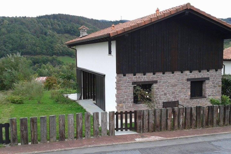 Fachada, entrada de casa