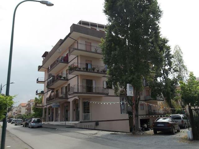 Appartamento zona centrale - Scalea - Tatil evi