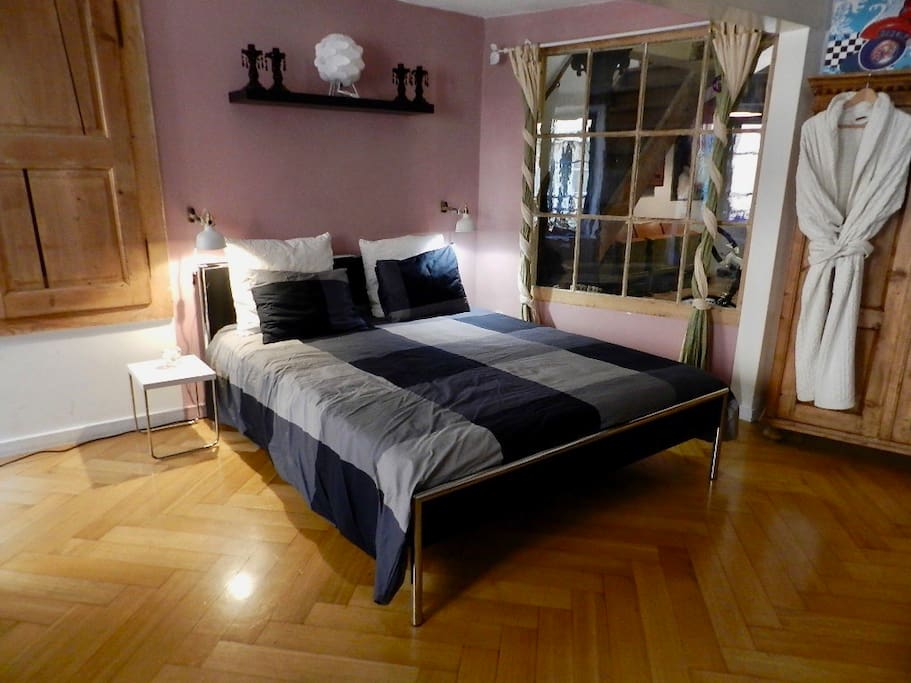 Double bed 160cm