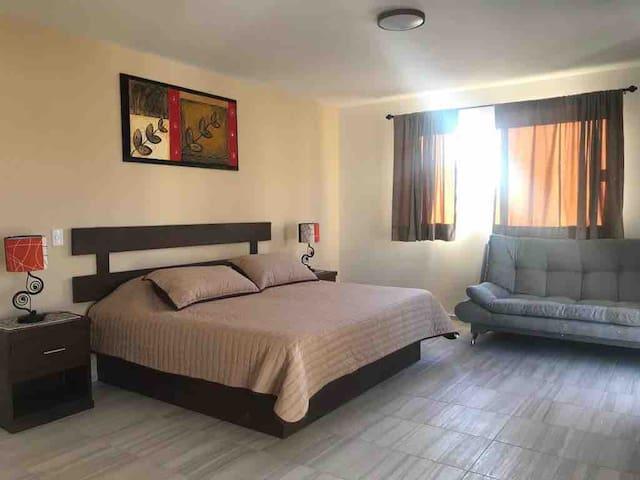 Suite nueva, vista a Peña de Bernal