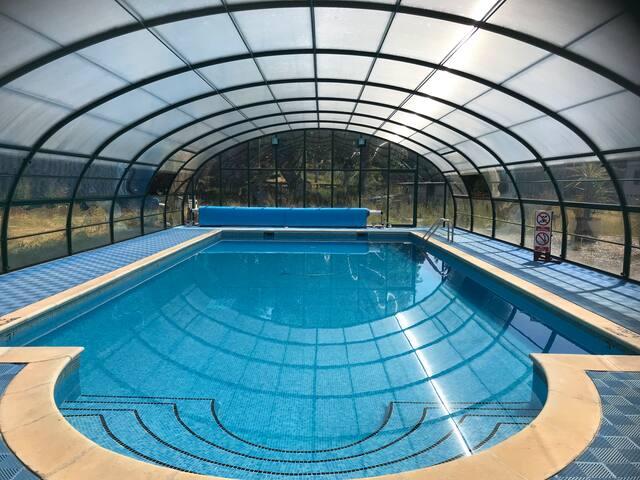 Onsite heated pool