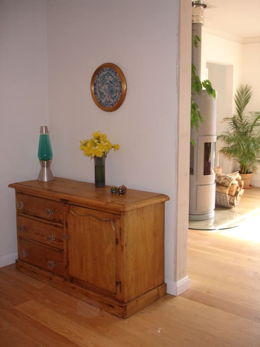 Hall through to living space