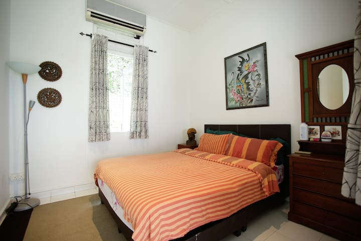 Master Bedroom for 2 pax - Singapura - Casa