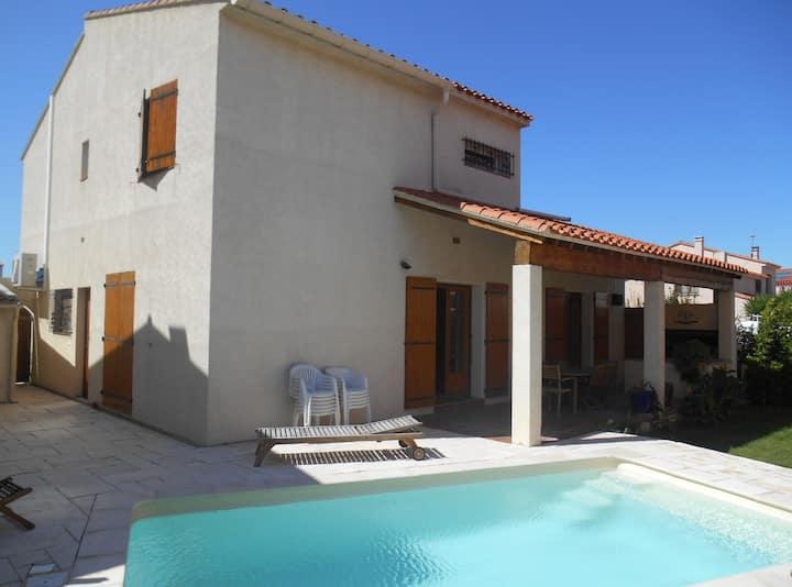 Villa du Sud  140m2 Climatisée, piscine et jardin