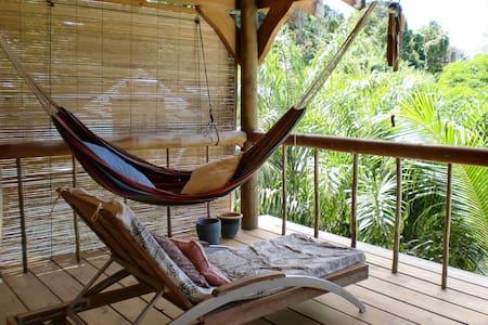 Tropische Holzloft - Beau Vallon