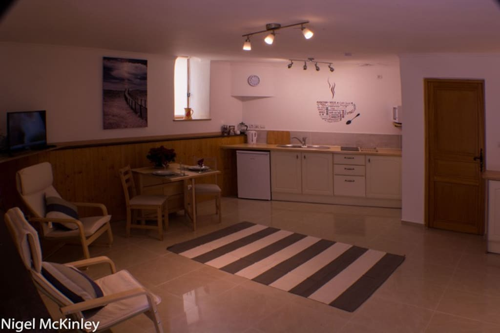 Studio Apartment, 3 Rue St Jean, Quarante, France.