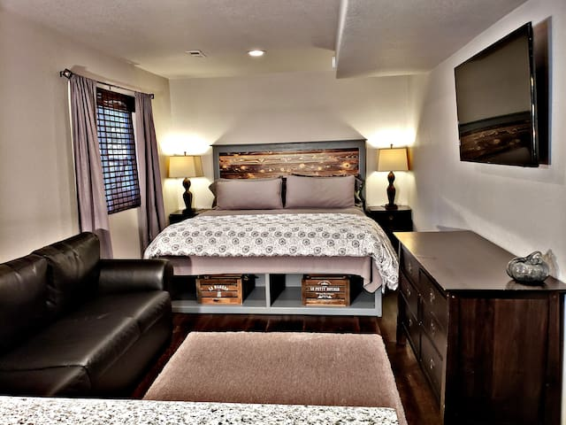 Private Turnkey Suite - ZERO ADDITIONAL FEES!