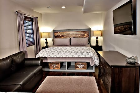 Private Suite with KING bed and NO ADDITIONAL FEES