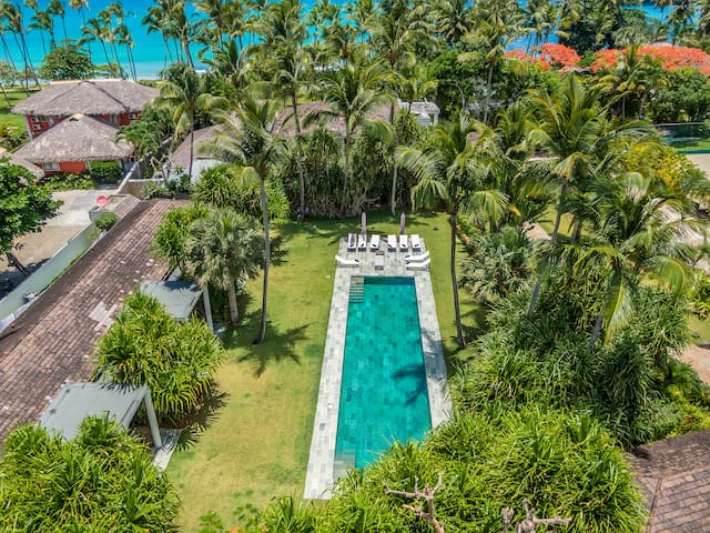 Spectacular Beachfront villa Enjoy is Bungalow 3