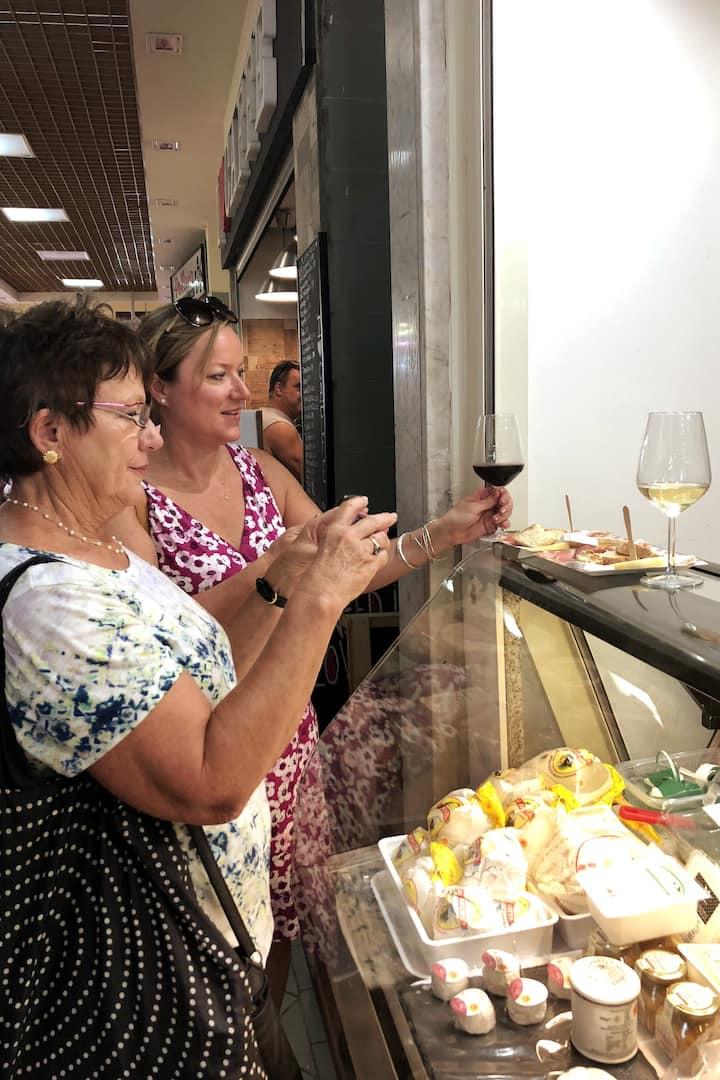 Degustazione vino e prodotti locali