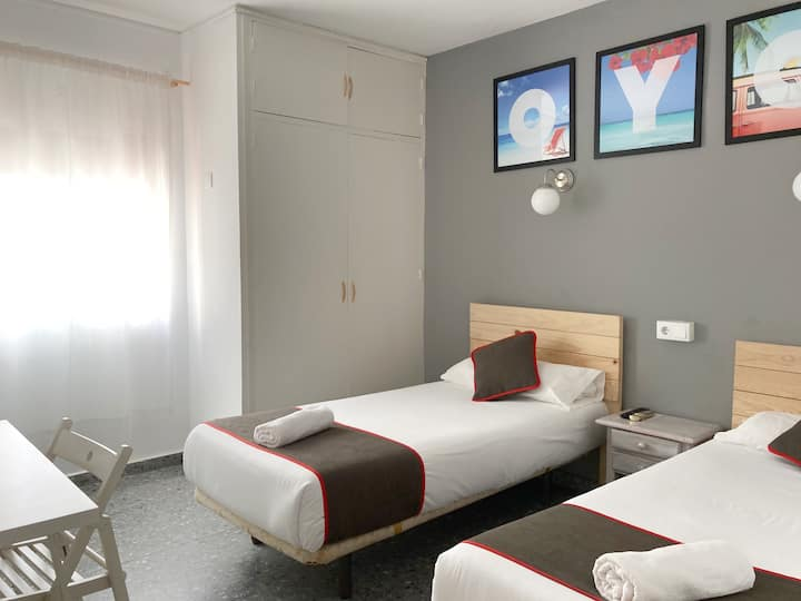 ★ Private Double room in Old Town - Paco Marbella