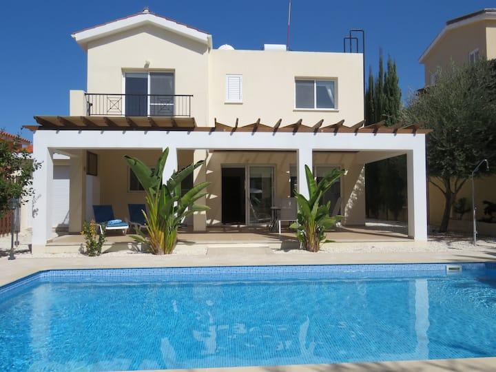Villa Ola, Beautiful Villa with Private Pool