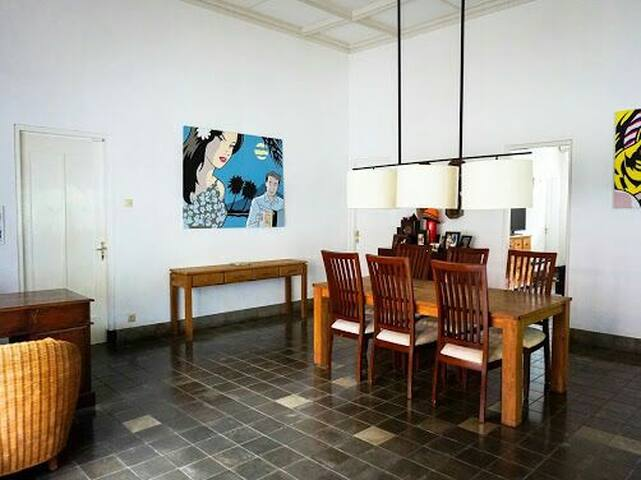 Colonial Heritage Villa in Bogor - Bogor City, West Java - Bed & Breakfast