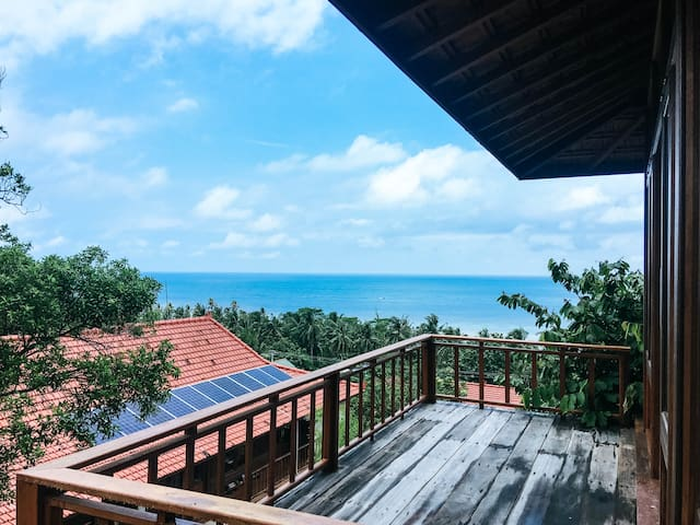 Private retreat with ocean views karimun jawa