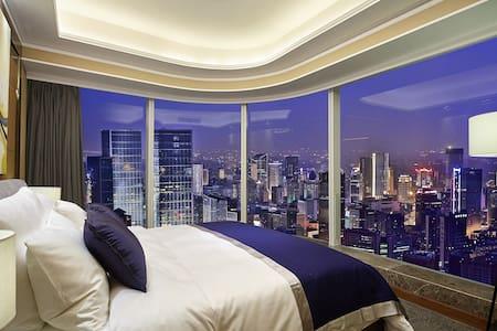 【云端270°环幕双卧套房】春熙路、太古里旁/天幕观城套房/可住4-5人 - Chengdu