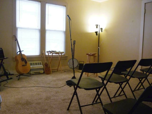Cowboy Randy's Upstairs Performance Space