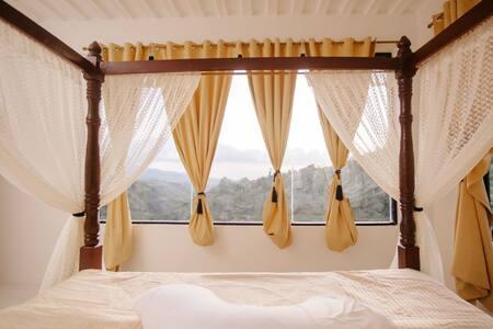 La Guada Suite Room