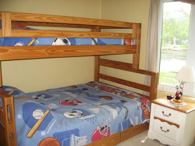 2nd bedroom- double bottom bunk /single top bunk