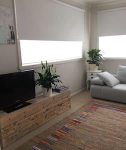 2 bedroom apartment;bayside - アポロベイ