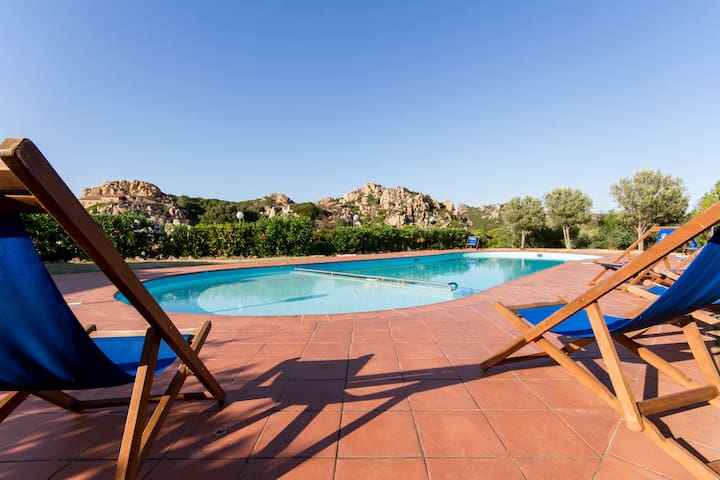 Villa GINEPRO with shared swimming pool