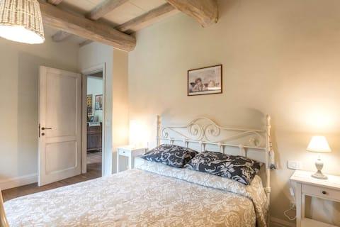 Charming B & B in Tuscany farmhouse