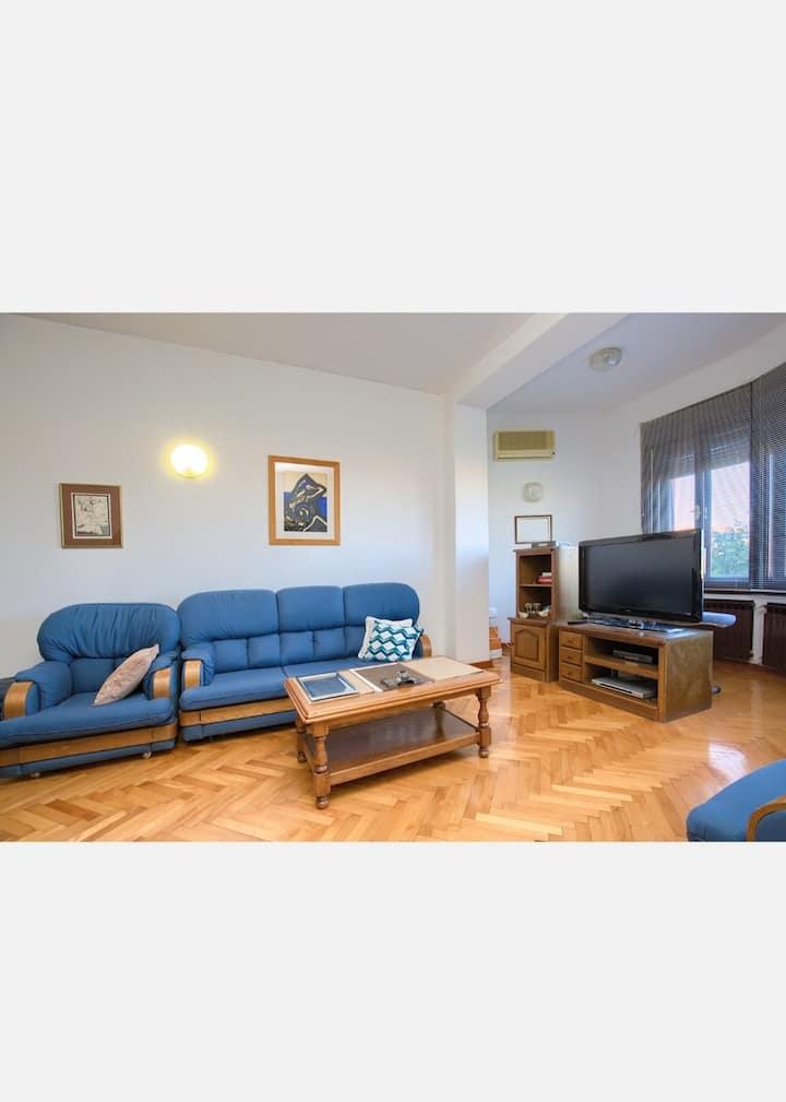Cozy apartment in Pula
