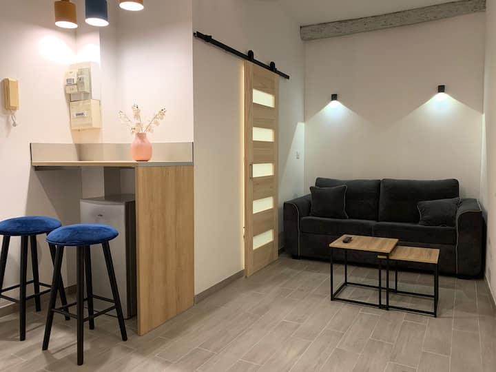studio cosy en plein centre d avignon