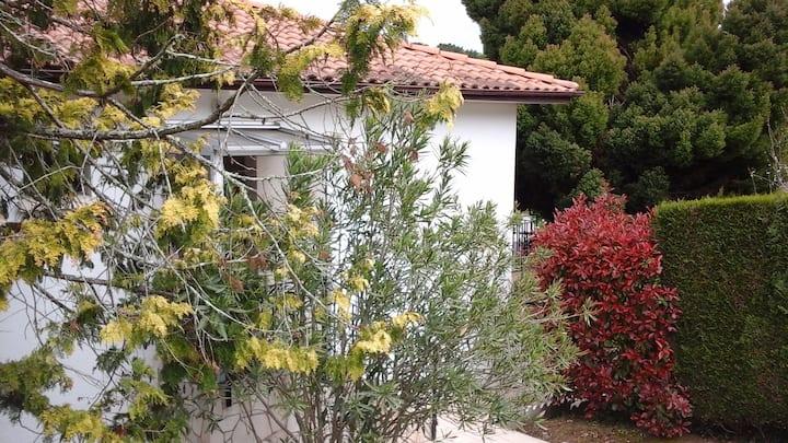Charmante maison de 90 m2 sur joli jardin