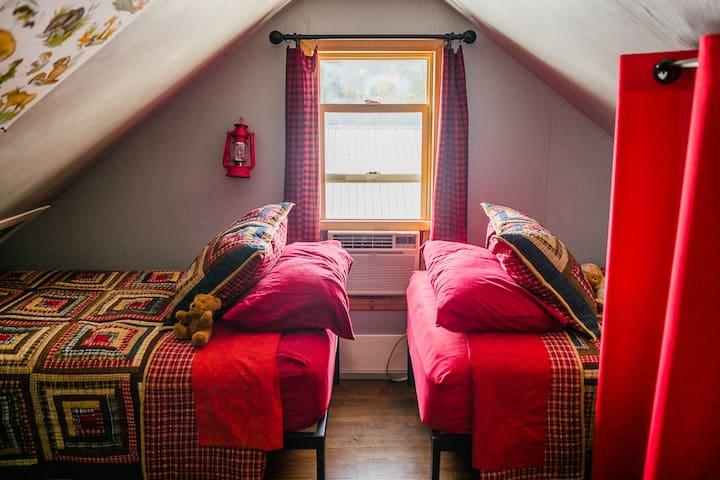 Loft-west side-twin beds