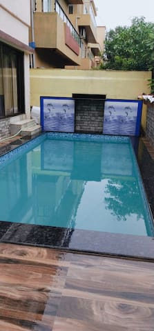 4bhk/ AC/ PRIVATE SWIMMING POOL/ A GRADE VILLA